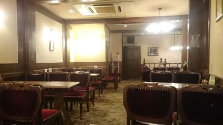 カフェ・ド・ユニーク2階